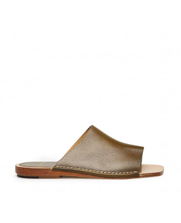 Leather sandals green
